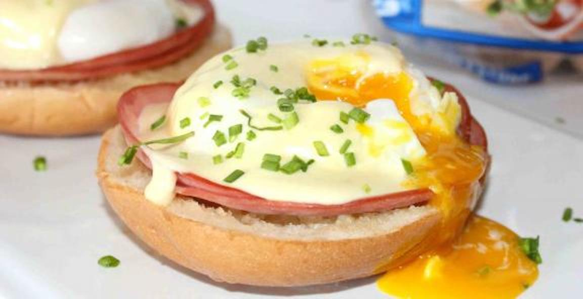 Eggs Benedict Bagel Sandwich